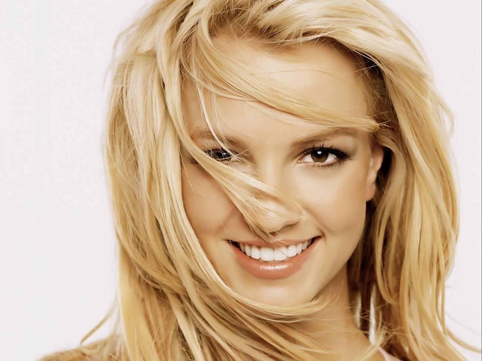 Britney Nude Photos 36