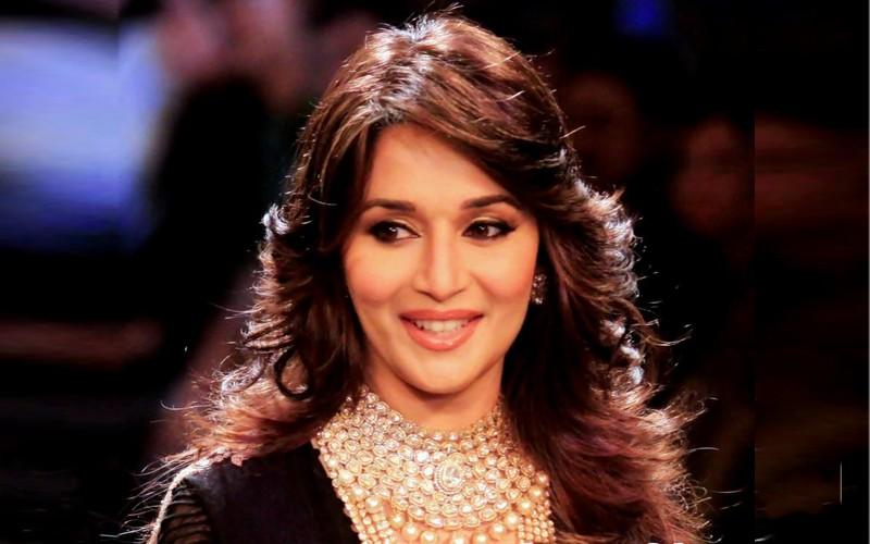 Top 10 Bollywood Beautiful Queens Wonderslist