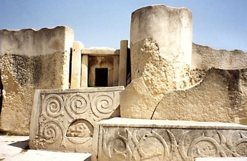 10 Oldest Buildings