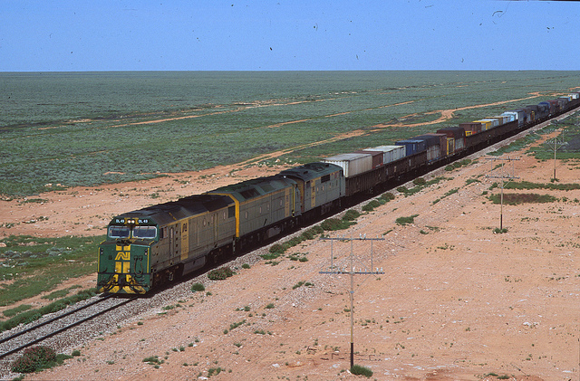 AUSTRALIAN RAILWAY HISTORY MAGAZINE ~ April 2010