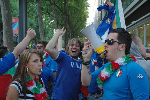 Top 10 most romantic nationalities in the world for Italian people