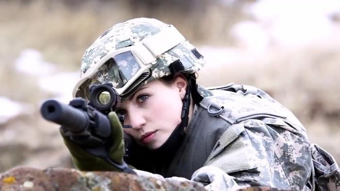 Looking soldiers best female 13 Movies
