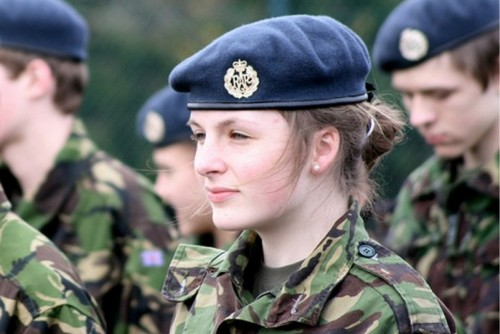 UK-Female-​Soldier
