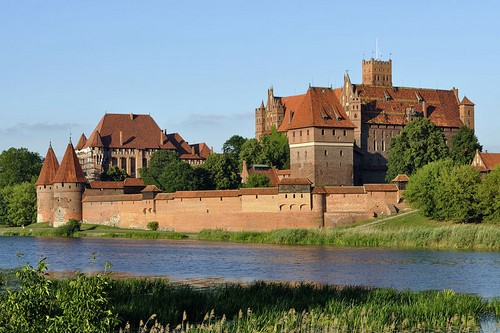 10 Gorgeous Castles in Poland