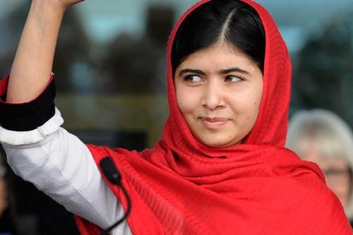 10 Controversial Pakistani Personalities