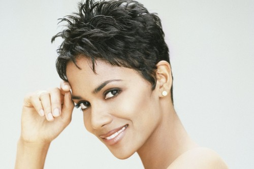 Black beauty Halle Berry