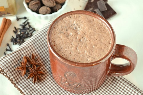 Chai-Spiced-Hot-Chocolate.jpg