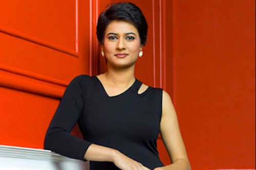 Top 10 Glamorous News Anchors in India - WondersList