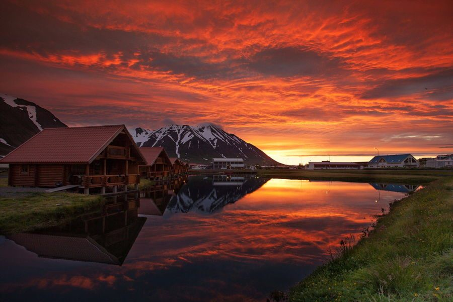 Iceland Sunset Lodge