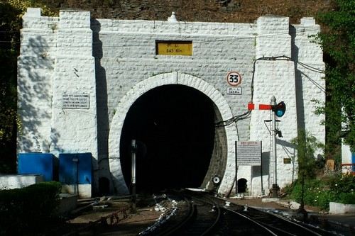 Tunnel No 33