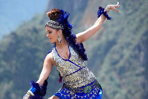 Aishwarya Rai Dancing Divas of Bollywood