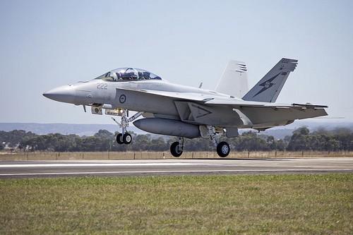 FA 18F Super Hornet landing
