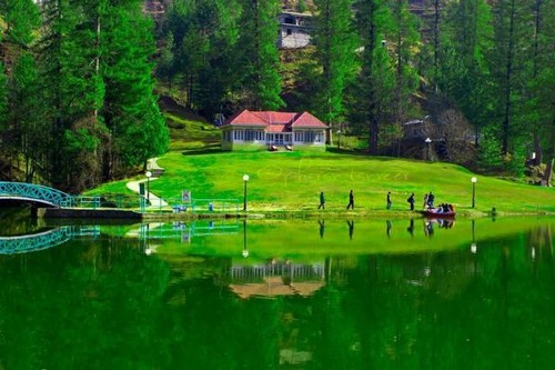 Top 10 Most Beautiful Lakes Of Pakistan