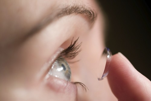 Contact Lenses Melt in Heat