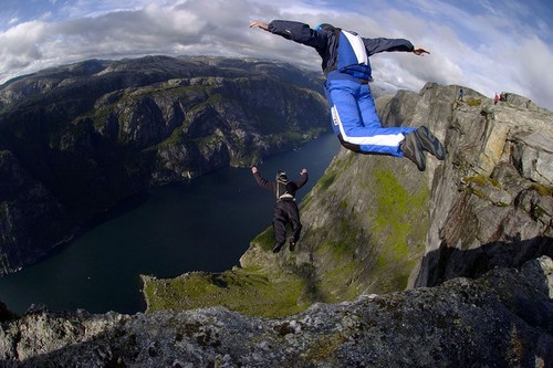 Deadly Sports Base Jumping