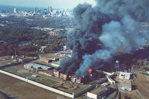 Atlanta-Prison-riots.jpg