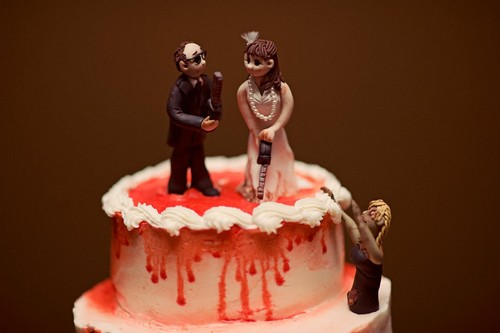 chilling bride and-groom wedding cake