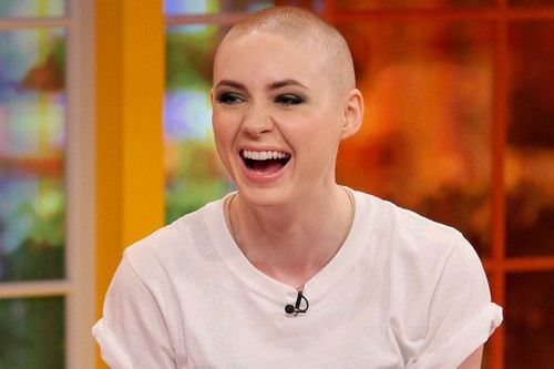 10 Gorgeous Women Who Rocked The Bald Look