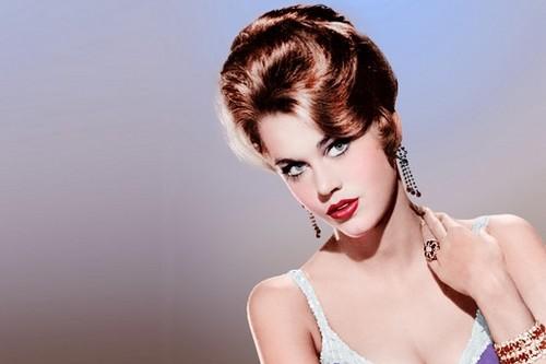 Jane-Fonda Hairstyle