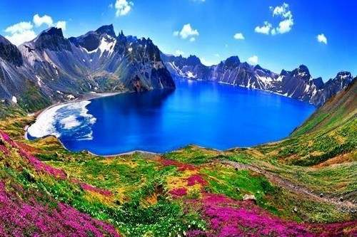 Heaven Lake, North Korea-china