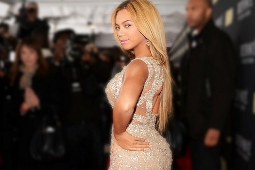 Beyonce Curvy Celebrities in Hollywood