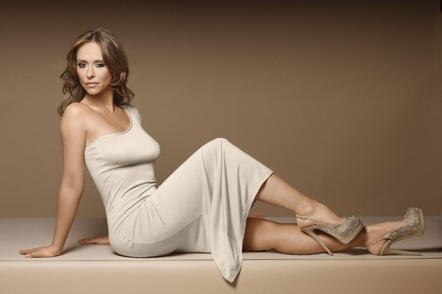 Jennifer Love Hewitt Curvy
