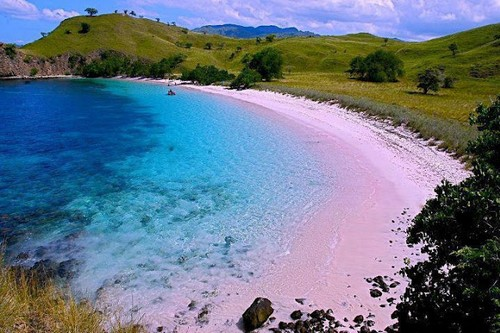 Tangsi Beach of Lombok – Indonesia