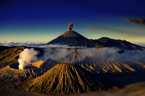 Amazing Volcanoes, Indonesia
