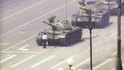 https://www.wonderslist.com/wp-content/uploads/2015/06/Tiananmen-Square-Tank-Man.jpg