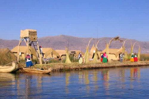 Uros Islands, Alluring Lakeside Cities of Peru
