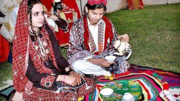 Unique Pakistani Wardrobe Essentials