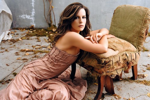 Hottest Hollywood Moms Kate Beckinsale