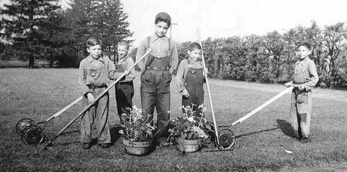 Child labourers Canadian Residential Schools