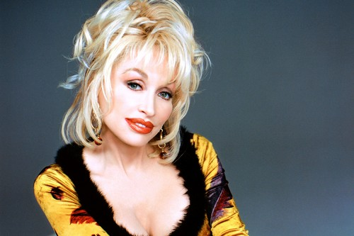 Dolly Parton Sizziling Pose