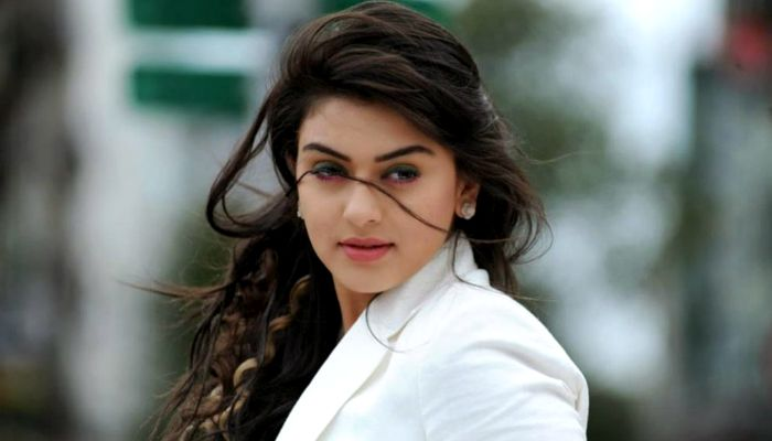 Hansika Motwani Beautiful South Actress