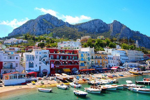 10 Spectacular Islands Capri