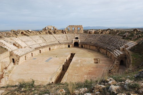 Uthina Amphitheatre Roman Theatres
