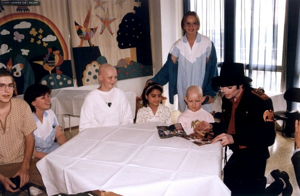 Most Famous Humanitarians Michael Jackson