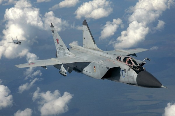 Fastest Aircrafts Mikoyan MiG-31