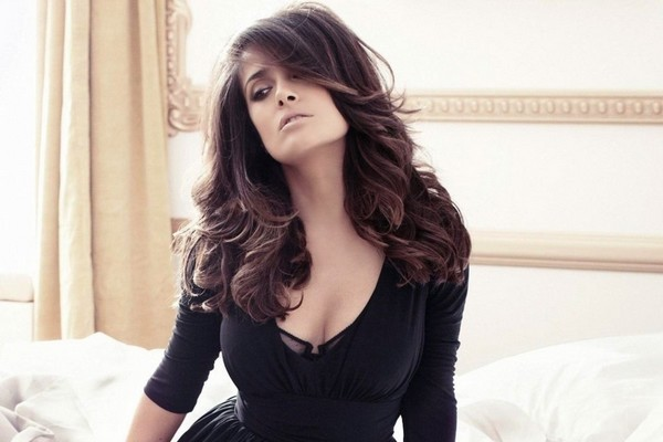 Salma Hayek Sexiest Hollywood Actresses