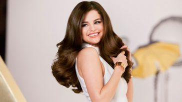 Selena Gomez Hair 2017 Wallpaper