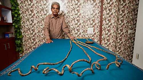 World's Longest Fingernails