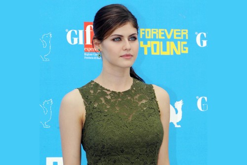 Alexandra Daddario beautiful actresses of 2019