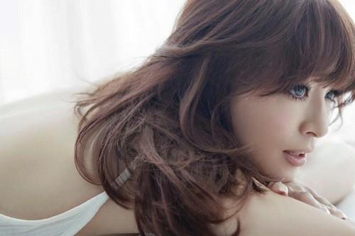Ayumi Hamasaki beautiful Japanese women