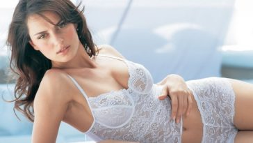 Catrinel Menghia Most Beautiful Romanian Women