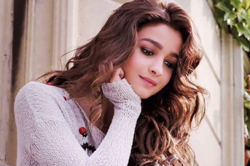 Alia Bhatt Indian Beauty