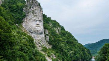 Decebalus, Dacia's last king