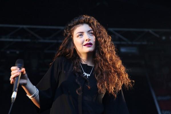 Lorde_Top 10 Female Artists