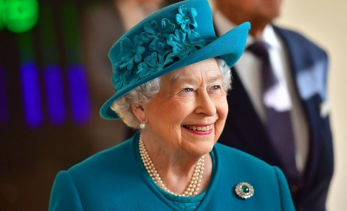 Queen Elizabeth She can Reject Laws
