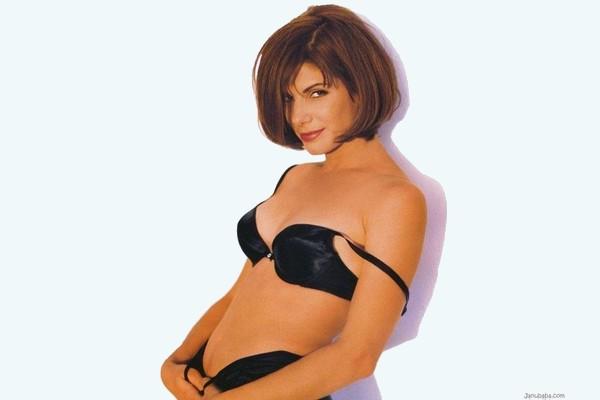 Sandra Bullock Earning